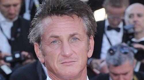 El enfado de Sean Penn con los voluntarios de su organización para ayudar contra el Covid-19