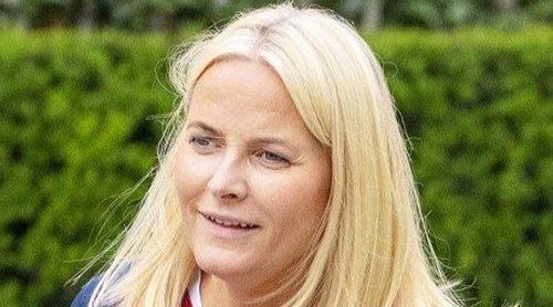 Mette-Marit de Noruega habla de su accidente de esquí: 'Tenía tanto dolor que no podía dejar de gritar'