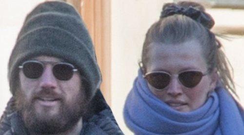 Las imágenes que confirman que Toni Garrn y Alex Pettyfer esperan su primer hijo