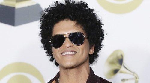 Bruno Mars pide actuar en los Grammy 2021 tras su vuelta a la música después de seis años