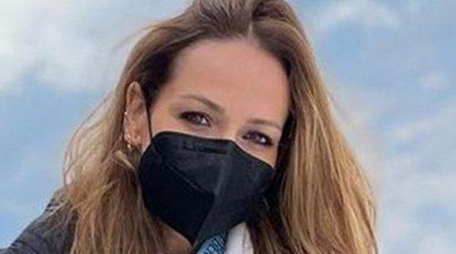 Eva González y Cayetano Rivera disfrutan de un romántico día en la nieve entre proyectos profesionales