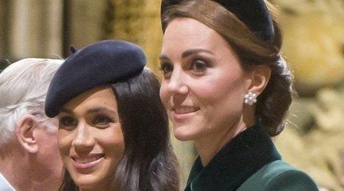 El gesto del Príncipe Harry y Meghan Markle con el Príncipe Guillermo y Kate Middleton que demuestra su acercamiento