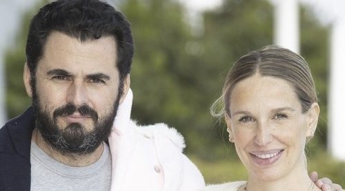Carola Baleztena y Emiliano Suárez presentan a su hija Juana