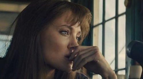 Angelina Jolie: 'Siento que mi propia vida me ha golpeado'