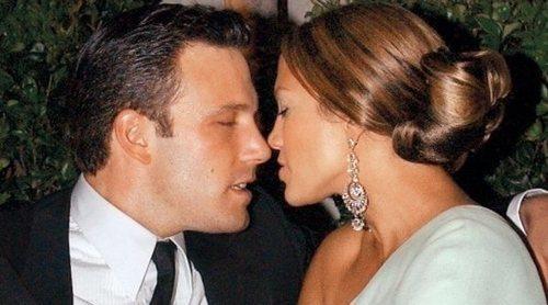 Jennifer Lopez y Ben Affleck empezaron a escribirse cuando ella seguía con Alex Rodríguez