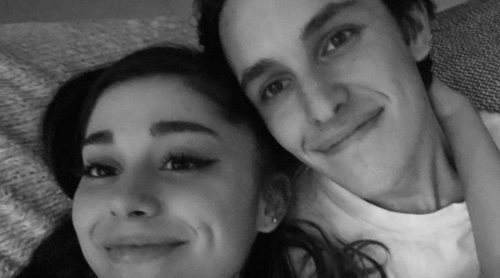 Ariana Grande se casa en secreto con su novio Dalton Gomez