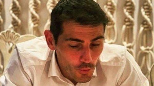 Iker Casillas sopla las velas de su 40 cumpleaños junto a Sara Carbonero y sus dos hijos