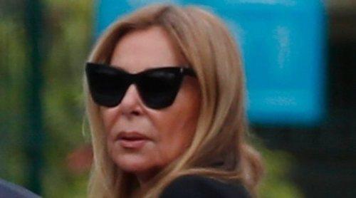 Ana Obregón, arropada por Alessandro Lequio en el funeral de su madre