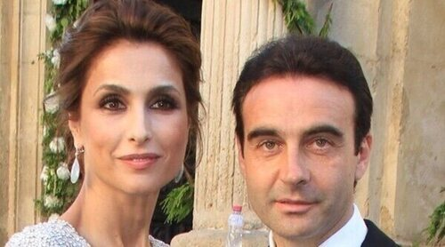 El motivo por el que Enrique Ponce y Paloma Cuevas retrasan la comunión de su hija pequeña