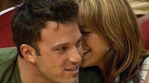El beso entre Ben Affleck y Jennifer Lopez que confirma su relación