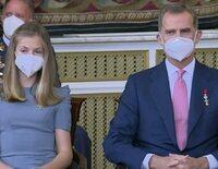 Los Reyes Felipe y Letizia, la Princesa Leonor y la Infanta Sofía rinden homenaje a los 'héroes' de la pandemia