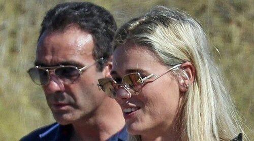 Enrique Ponce y Ana Soria se dejan ver juntos tras la retirada, los rumores de ruptura y el desmentido