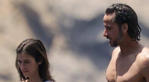 Feliciano López y Sandra Gago, de vacaciones en Ibiza sin el pequeño Darío