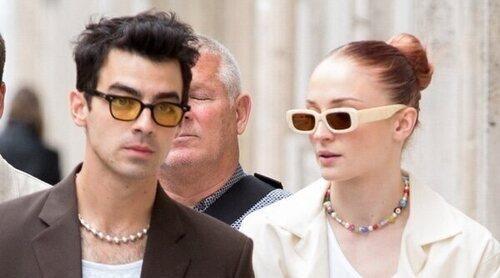 Joe Jonas y Sophie Turner disfrutan de las calles de París