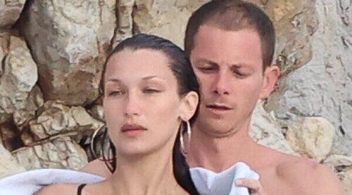 Las románticas vacaciones de Bella Hadid junto a su nuevo novio Marc Kalman en la costa francesa