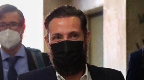 El incómodo reencuentro en los juzgados de Antonio David Flores con sus excompañeros de 'Sálvame'