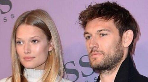 Toni Garrn y Alex Pettyfer han sido padres por primera vez