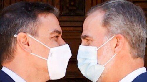 El despacho del Rey Felipe y Pedro Sánchez en Marivent: elogios, cordialidad y olvido para el Rey Juan Carlos