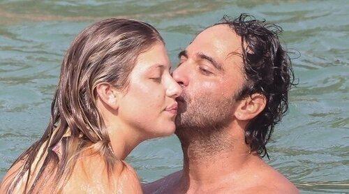 Anita Matamoros y Nacho Santandreu desatan la pasión en Ibiza en compañía de Makoke