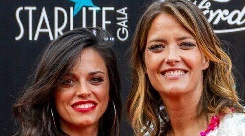 María Casado posa por primera vez con su novia Martina