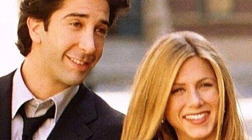 El representante de David Schwimmer niega que Jennifer Aniston y él estén juntos