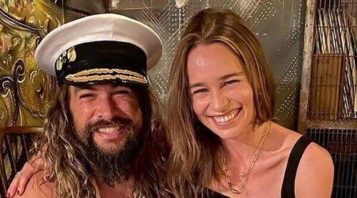 El divertido reencuentro de Emilia Clarke y Jason Momoa en el cumpleaños de David Benioff, creador de 'Juego de Tronos'