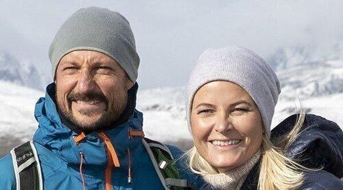 La foto con la que el Príncipe Haakon y Mette-Marit de Noruega celebran sus 20 años de matrimonio