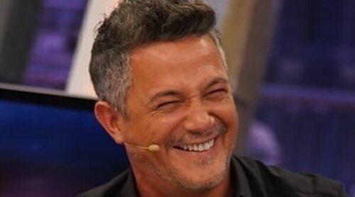 Alejandro Sanz 'sustituye' a Pablo Motos como presentador y deja al descubierto uno de sus trucos
