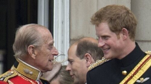 El consejo que le dio el Duque de Edimburgo al Príncipe Harry cuando fue a Afganistán