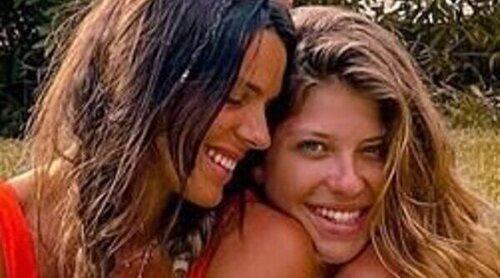 Laura y Anita Matamoros se reencuentran en un evento de influencers