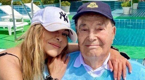 El padre de Ana Obregón recibe el alta hospitalaria tras días ingresado