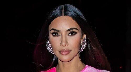 Kim Kardashian sorprende con su monólogo debut en 'Saturday Night Live': 'Lo sé, a mí también me sorprende verme aquí'