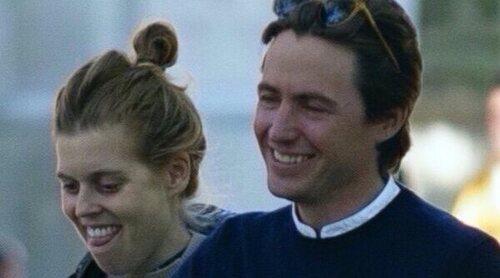 El primer paseo de Beatriz de York y Edoardo Mapelli Mozzi con su hija Sienna Elizabeth