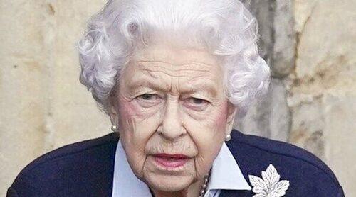 La Reina Isabel rechaza el premio a 'Vieja del Año' y explica el motivo por el que no ha podido aceptarlo