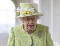 La Reina Isabel regresa al Castillo de Windsor tras pasar la noche en el hospital