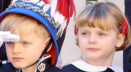 Jacques y Gabriella de Mónaco abandonan el colegio