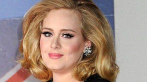 Adele se niega a desvelar el nombre de su primer hijo: