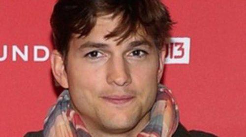 Ashton Kutcher estuvo ingresado en el hospital por seguir la dieta de Steve Jobs para el rodaje de 'jOBS'