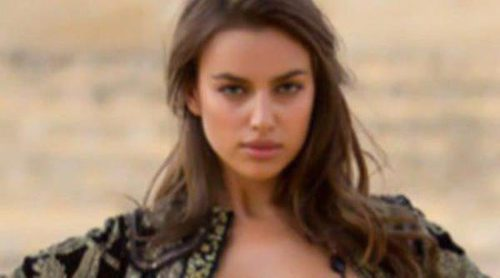 Irina Shayk se viste de flamenca para el calendario 2013 de Sports Illustrated que abre Kate Upton