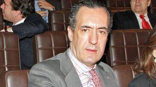 Jaime de Marichalar y Carlos García Revenga coinciden en el homenaje al diseñador Enrique Loewe
