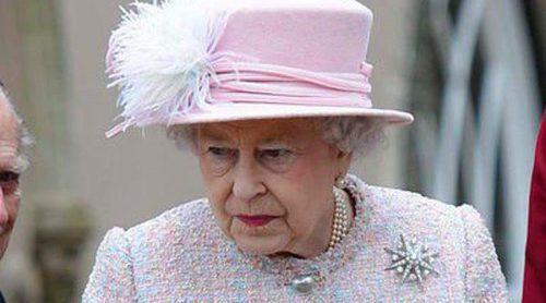 La Reina Isabel II, el Duque de Edimburgo y las Princesas de York acuden a la Misa de Pascua