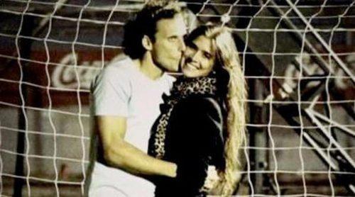 Diego Forlán anuncia su boda con Paz Cardoso para este 2013