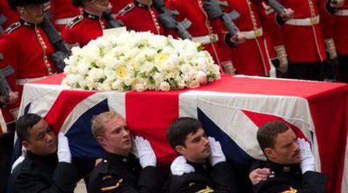 La Reina Isabel, el Duque de Edimburgo y David Cameron, entre los asistentes al funeral de Margaret Thatcher
