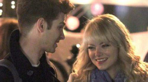 Andrew Garfield y Emma Stone, sonrisas y abrazos en el rodaje de 'The Amazing Spider-Man 2'