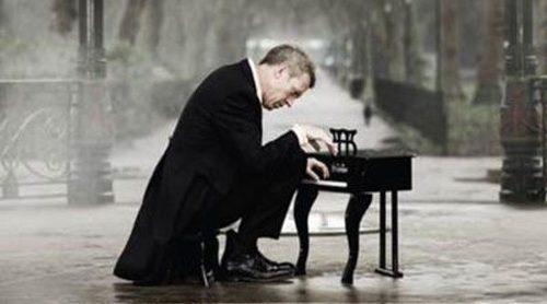 Hugh Laurie publica 'Didin't It Rain', su nuevo disco de estudio