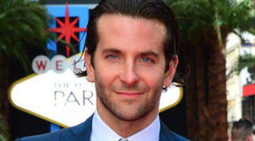 Bradley Cooper, Zach Galifianakis y Heather Graham estrenan 'R3sacón' en Londres