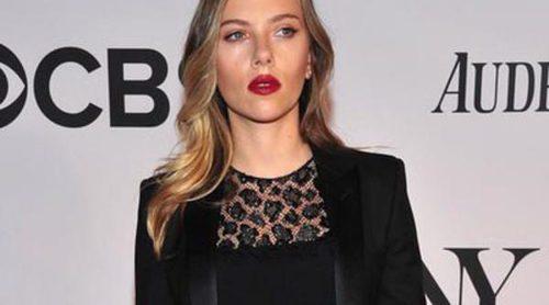 Scarlett Johansson, Neil Patrick Harris y Jake Gyllenhaal asisten a la entrega de los Premios Tony 2013