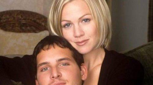 Jennie Garth y Peter Facinelli ya están oficialmente divorciados