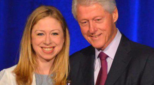 El expresidente de Estados Unidos Bill Clinton, nombrado 'Padre del Año'