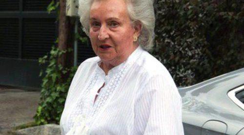 La Infanta Pilar felicita a sus nietos Luis y Laura en su cumpleaños junto a Beltrán Gómez-Acebo y Laura Ponte